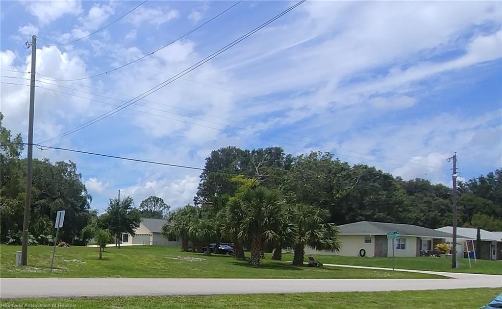 728 Catfish Creek Road, Lake Placid, FL 33852