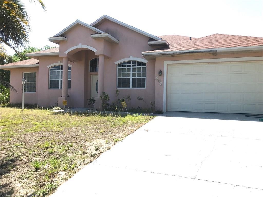 868 Durmon Avenue, Lake Placid, FL 33852