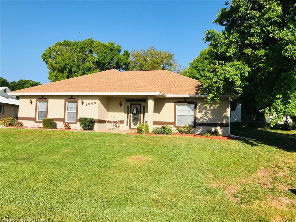1040 W Lake Damon Drive, Avon Park, FL 33825