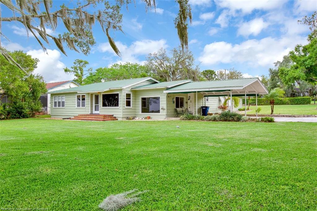 1838 W Dinner Lake Drive, Sebring, FL 33870