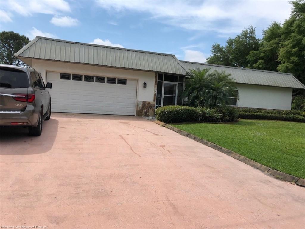 301 Anderson Ne Street, Lake Placid, FL 33852