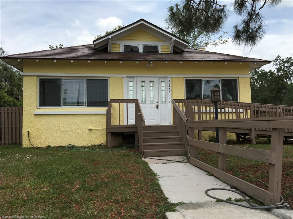 1800 Lakeview Drive, Sebring, FL 33870