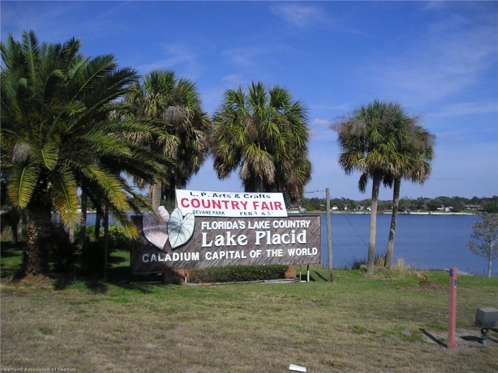10495 High Grove Avenue, Lake Placid, FL 33852