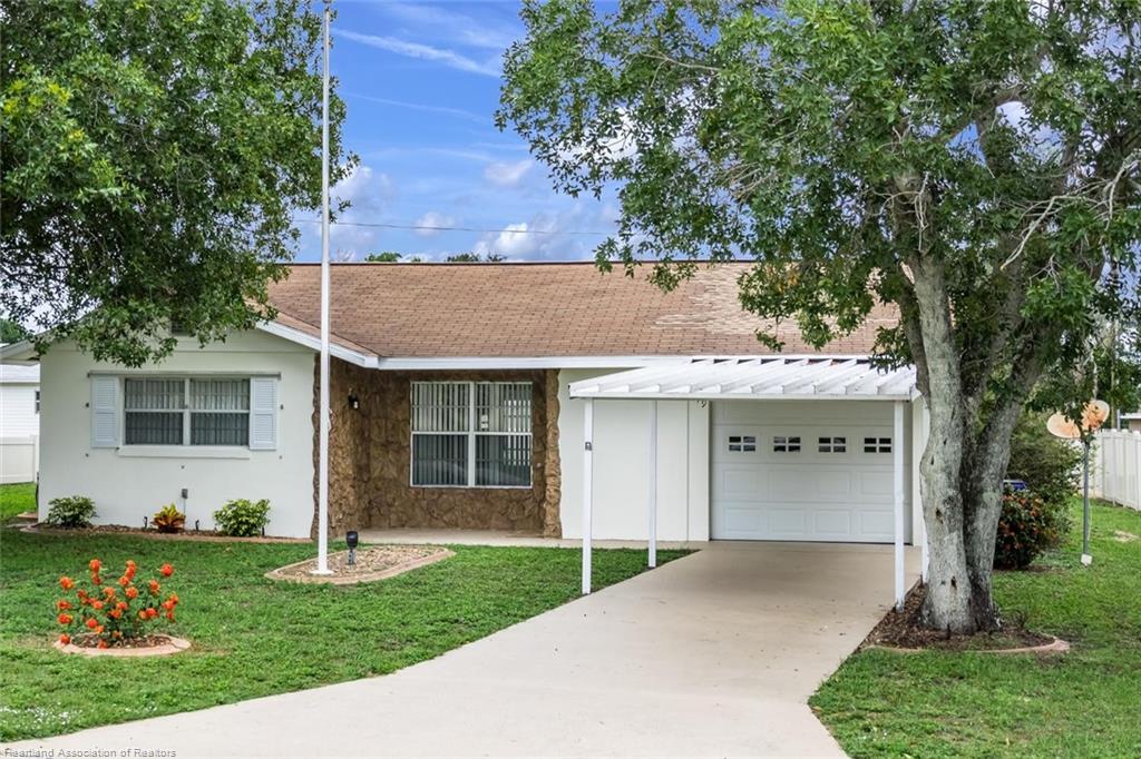 649 S Lakeview Road, Lake Placid, FL 33852
