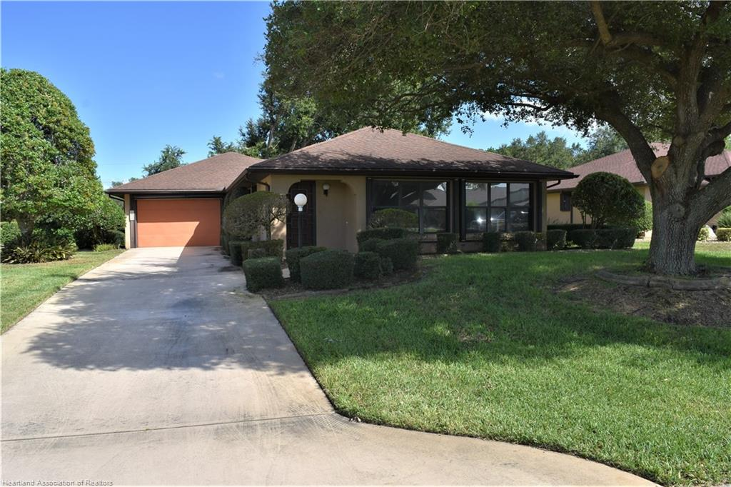 2810 Sugar Pine Circle, Sebring, FL 33872