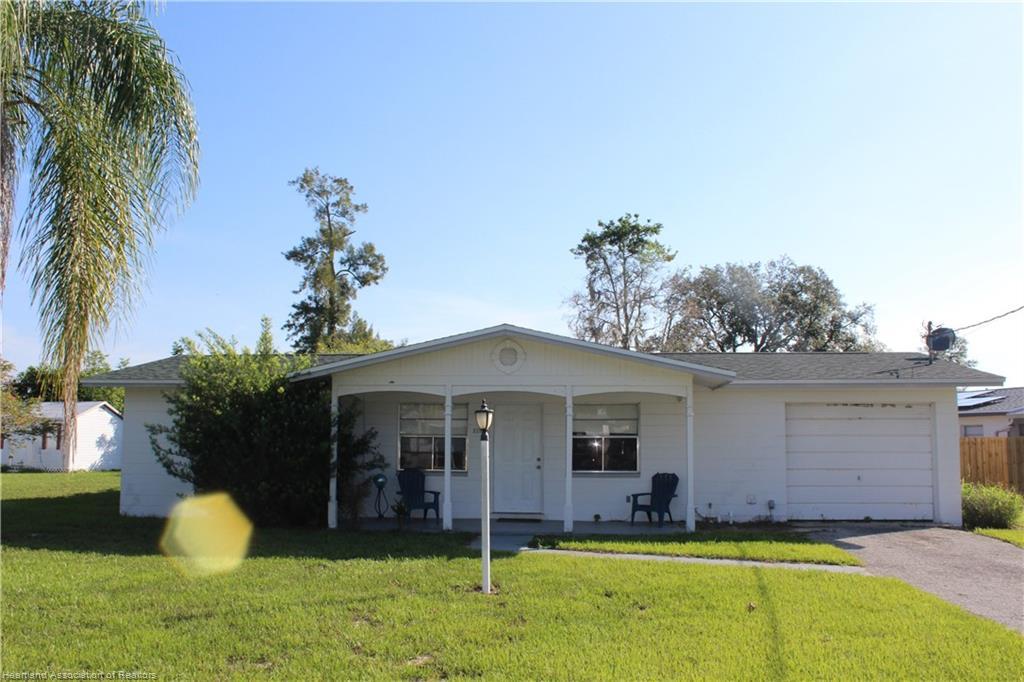 2216 Croydon Road, Sebring, FL 33870