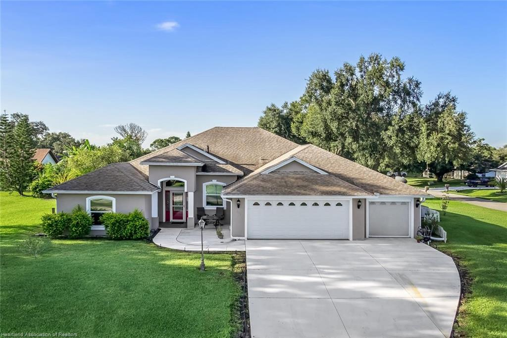 543 Spring Lake Boulevard, Sebring, FL 33876