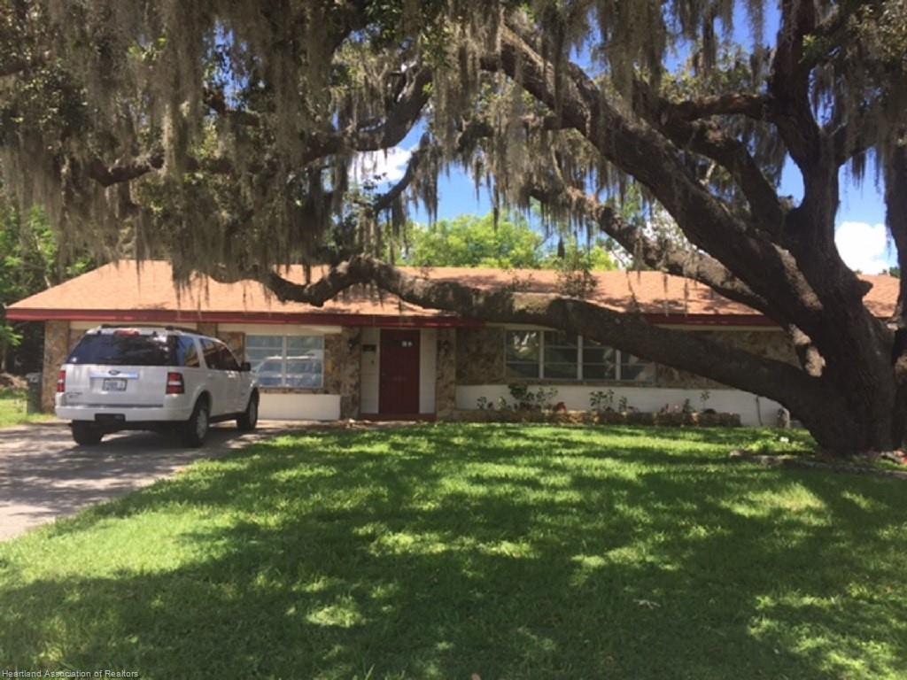 605 N Lake N Avenue, Avon Park, FL 33825