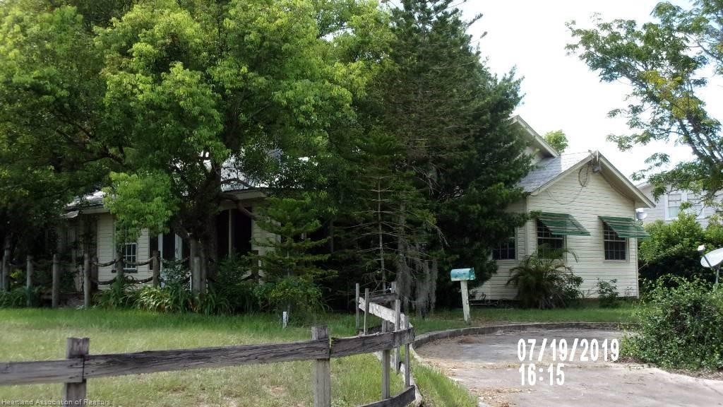 310 S Delaney Avenue, Avon Park, FL 33825