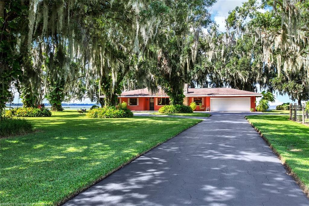 3217 White Oak Road, Lorida, FL 33857