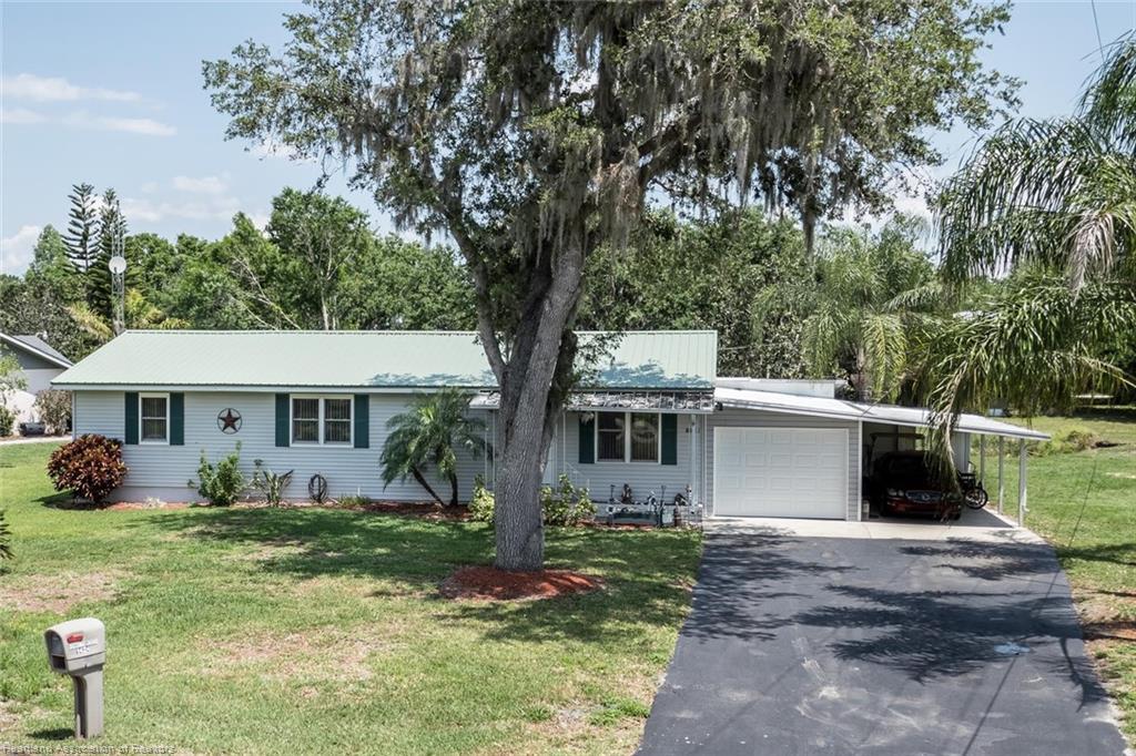 1424 N Oak Ridge Drive, Lorida, FL 33857