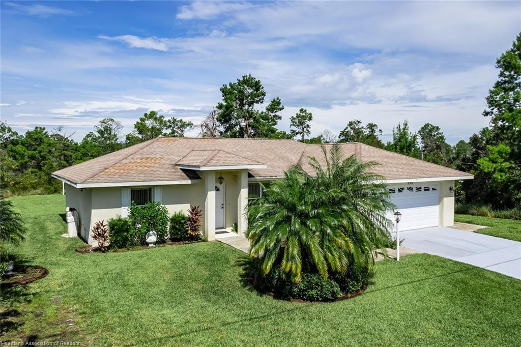 225 Spice Ne Avenue, Lake Placid, FL 33852