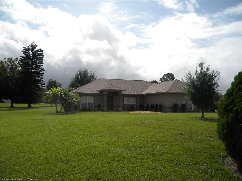 100 Melanie Drive, Lake Placid, FL 33852