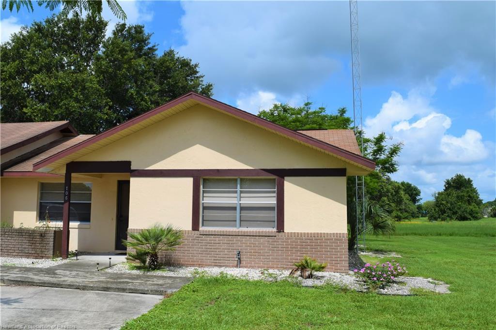 106 Voss Court, Sebring, FL 33876