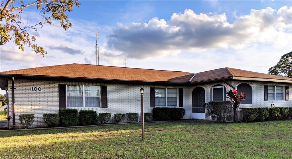 100 Autumn Avenue, Lake Placid, FL 33852
