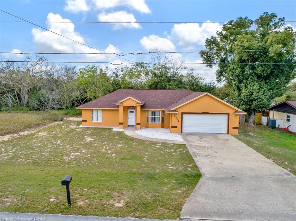 2277 N Olivia Drive, Avon Park, FL 33825