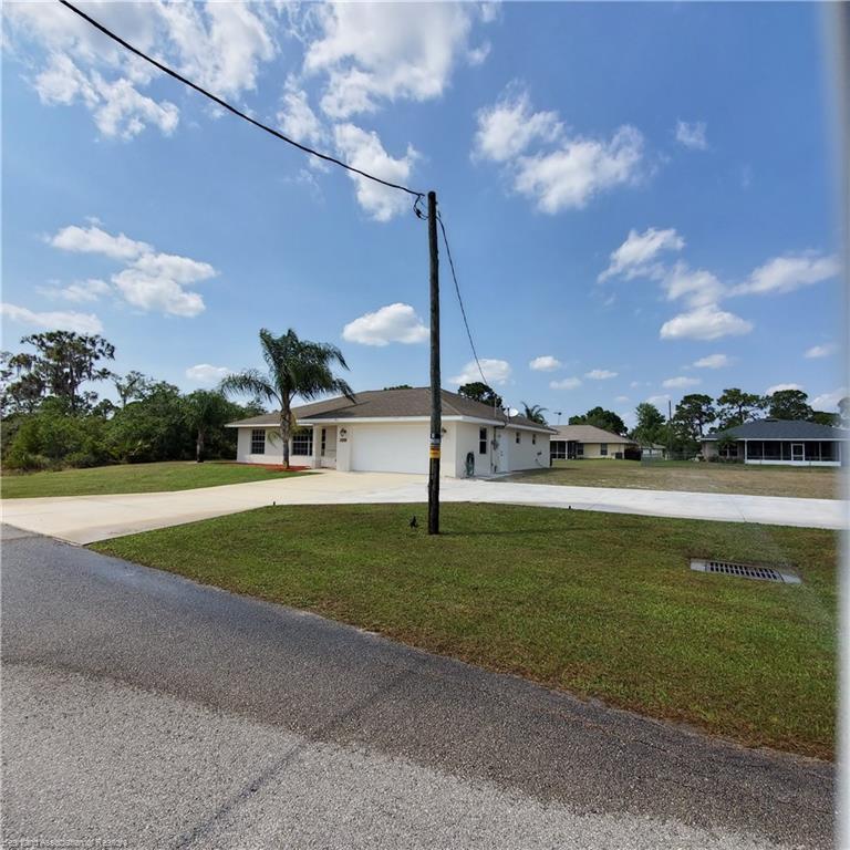 107 Boeing Nw Street, Lake Placid, FL 33852