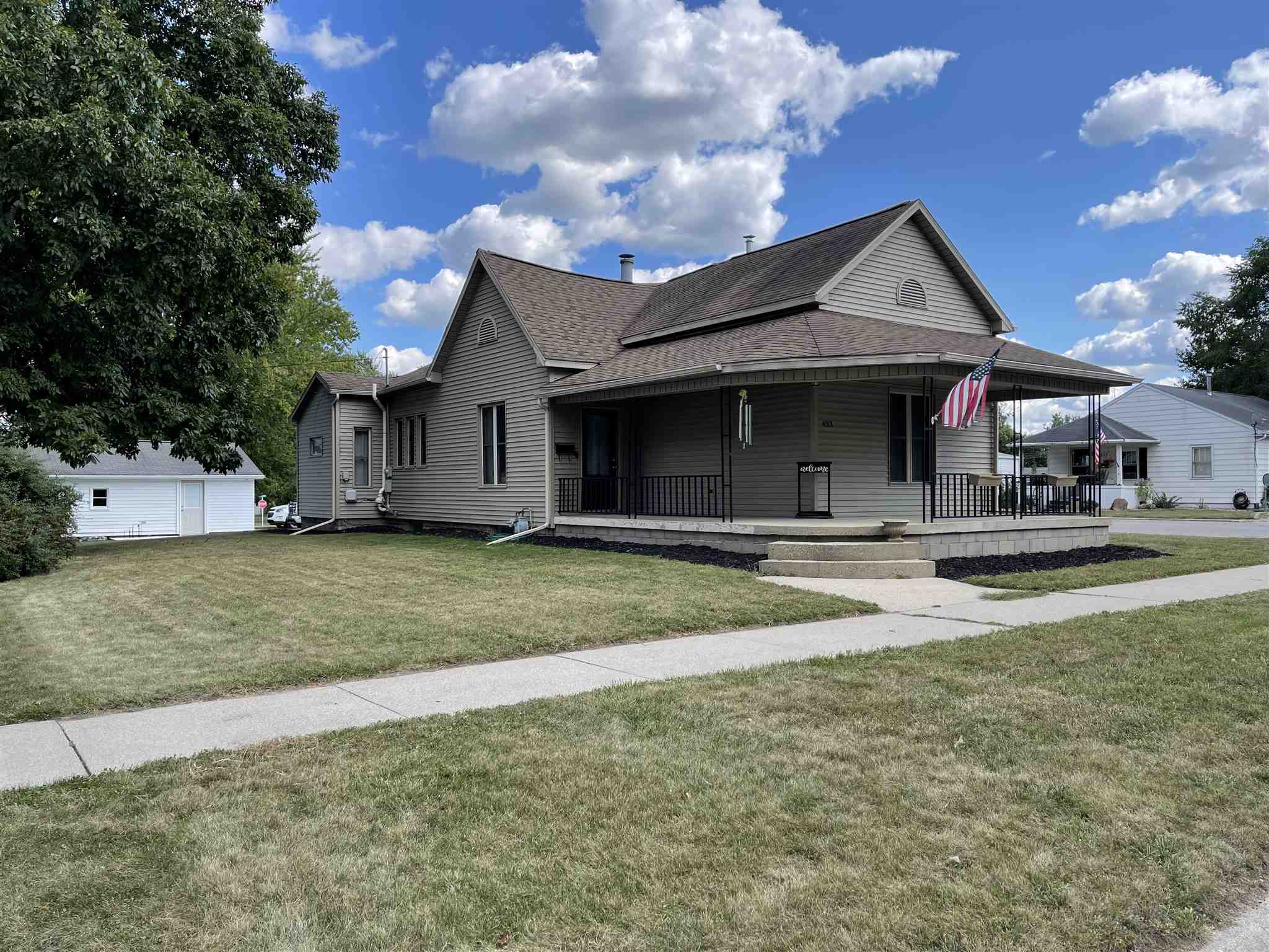 433 S Columbia Street, Warsaw, IN 46580