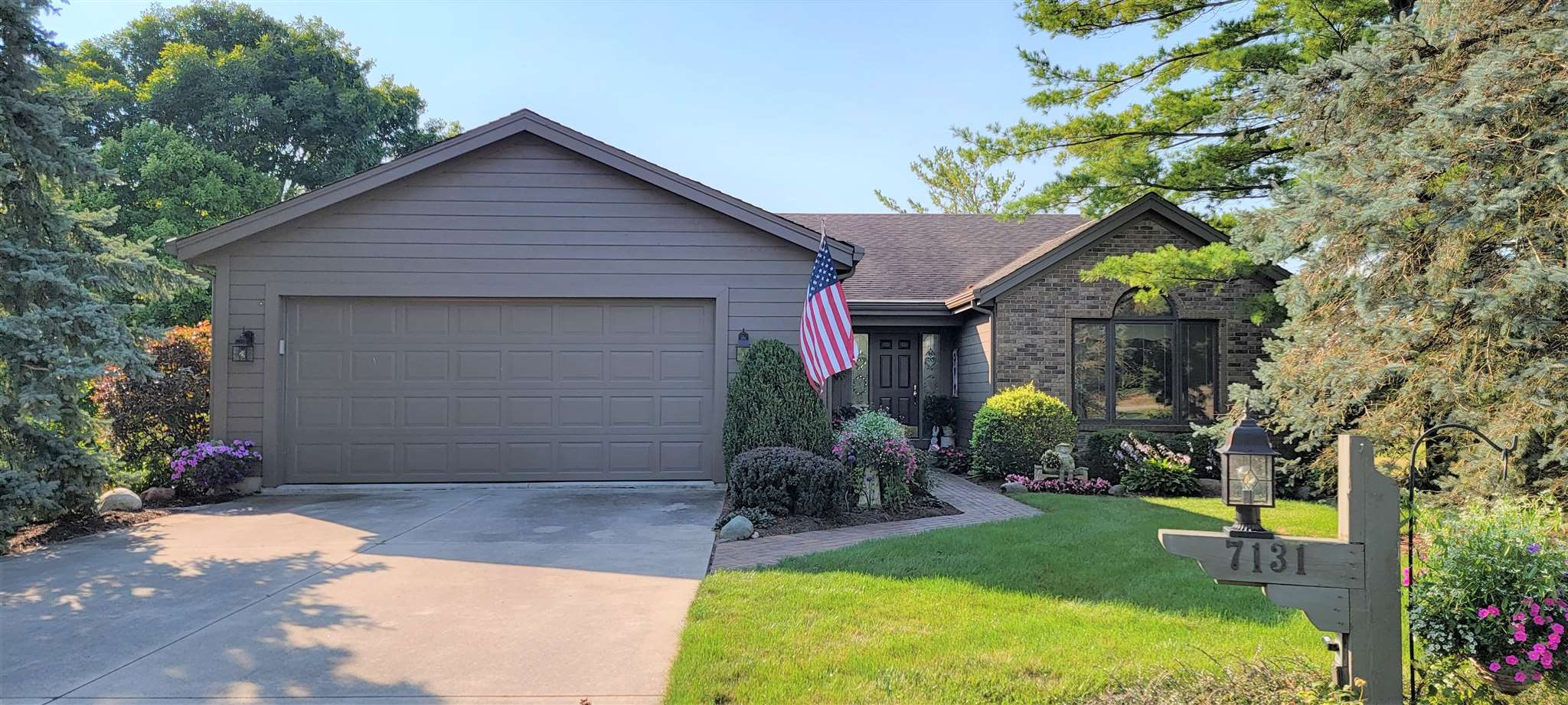 7131 Paddle Gate Court, Fort Wayne, IN 46804
