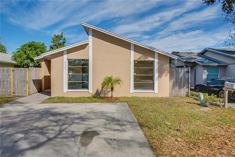 8905 Shandwick Ct, Tampa, FL 33615