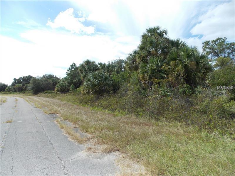 Mattox Cir, North Port, FL 34288