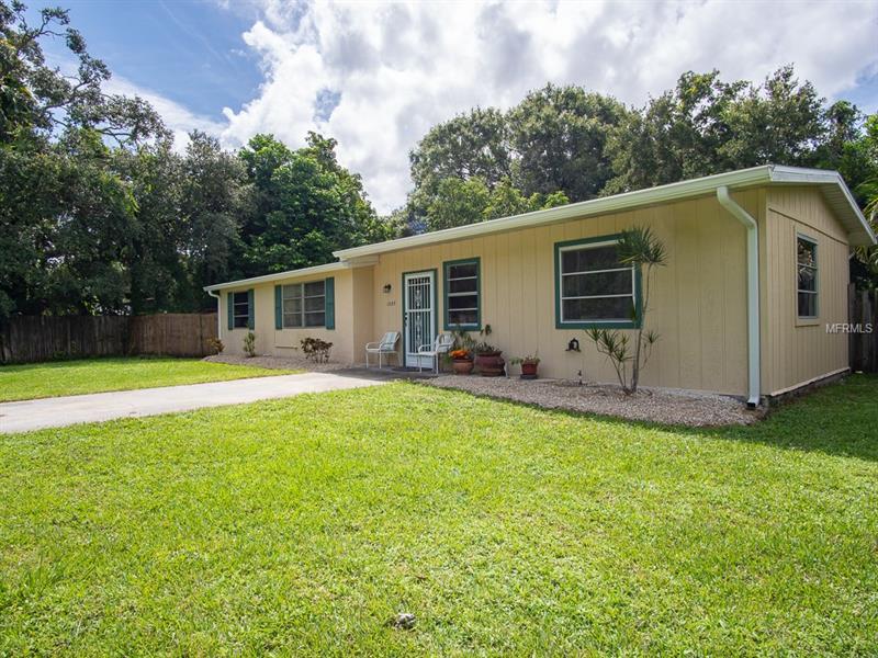 1287 Keyway Rd, Englewood, FL 34223