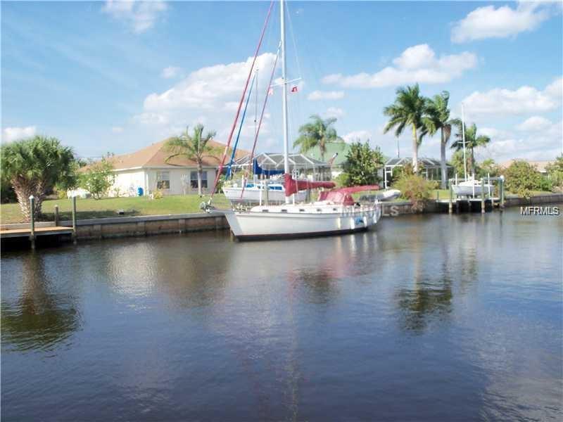 4113 Flamingo Blvd, Port Charlotte, FL 33948