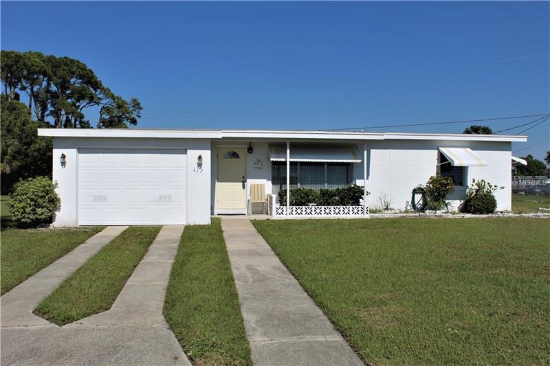 412 Dunn Dr Ne, Port Charlotte, FL 33952