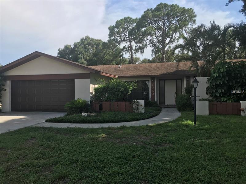 4250 Marlowe Dr, Sarasota, FL 34241