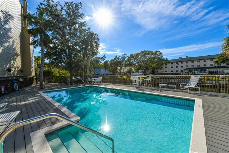 1740 Alderman St #13, Sarasota, FL 34236