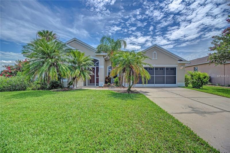 6156 Bobby Jones Ct, Palmetto, FL 34221