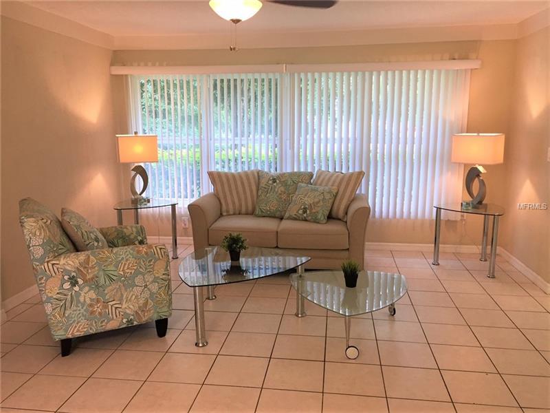 5479 Potter St, Sarasota, FL 34232