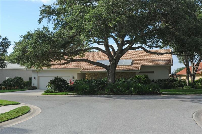8347 Cypress Hollow Dr, Sarasota, FL 34238