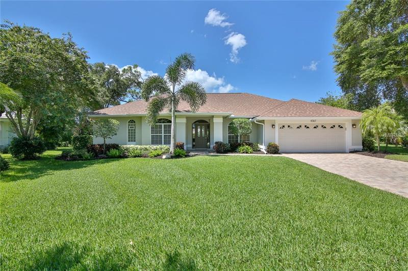 4367 Maplewood Ln, Sarasota, FL 34238