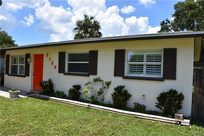 5139 Brookmeade Dr, Sarasota, FL 34232