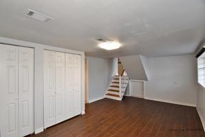 21 E Central Avenue, Lombard, IL 60148