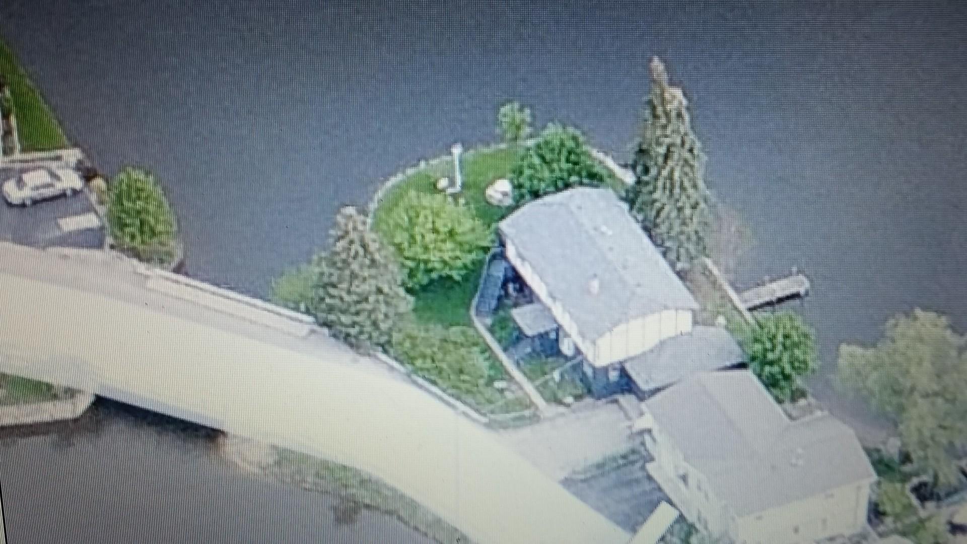 214 Island Drive, Island Lake, IL 60042