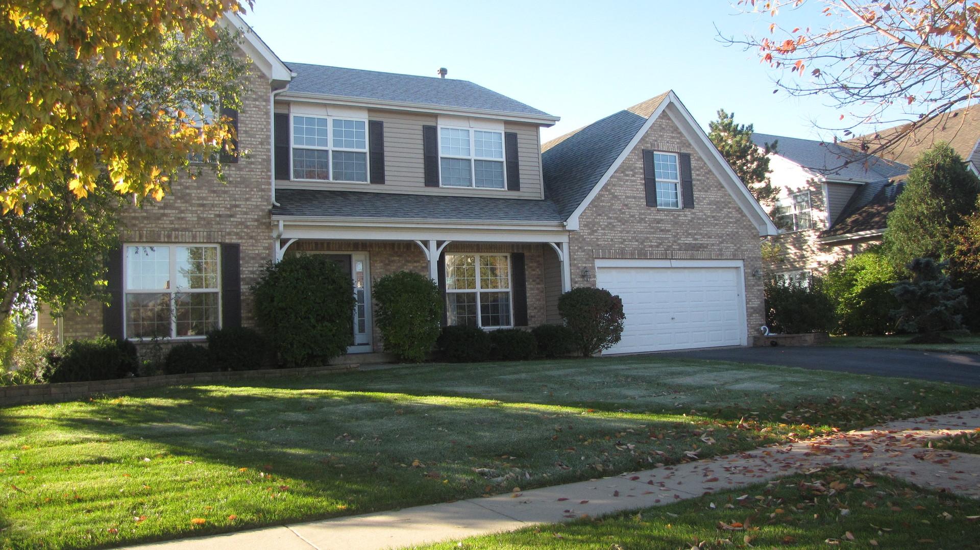 1231 Fieldstone Drive, Crystal Lake, IL 60014
