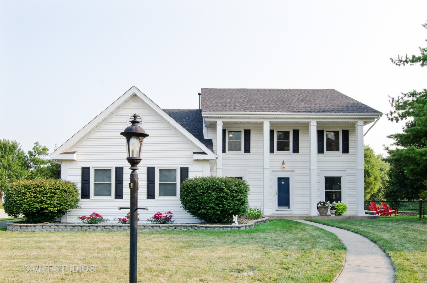 1 Chestnut Court, Cary, IL 60013