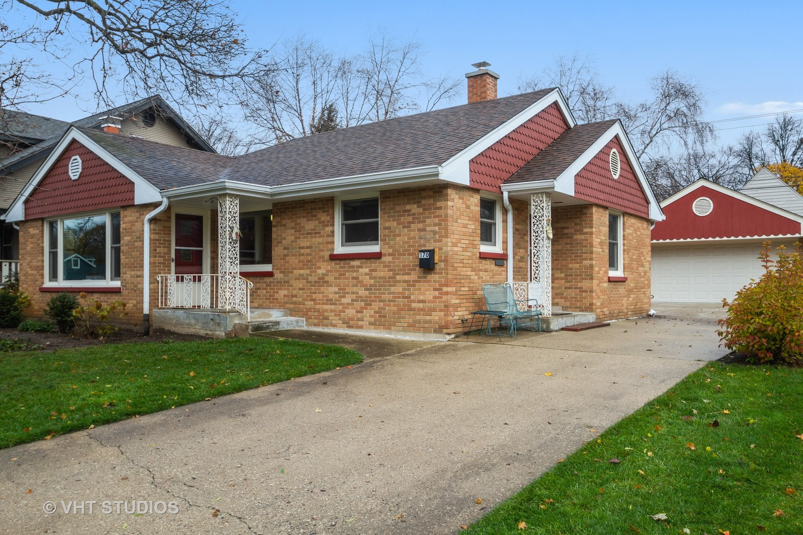 170 Eastview Avenue, Crystal Lake, IL 60014