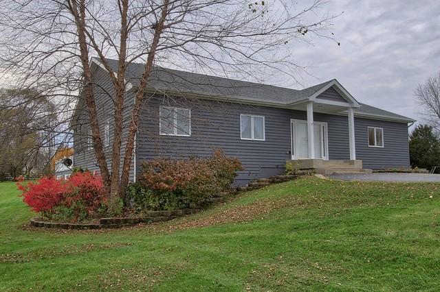 2111 N Pebble Drive, Mchenry, IL 60051