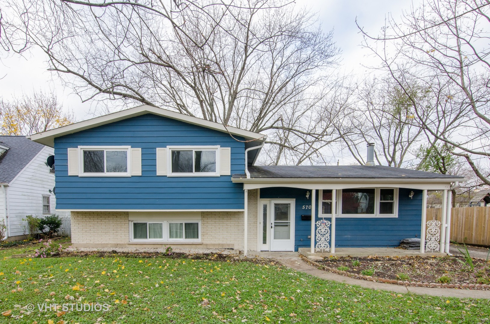 570 Mchenry Avenue, Crystal Lake, IL 60014