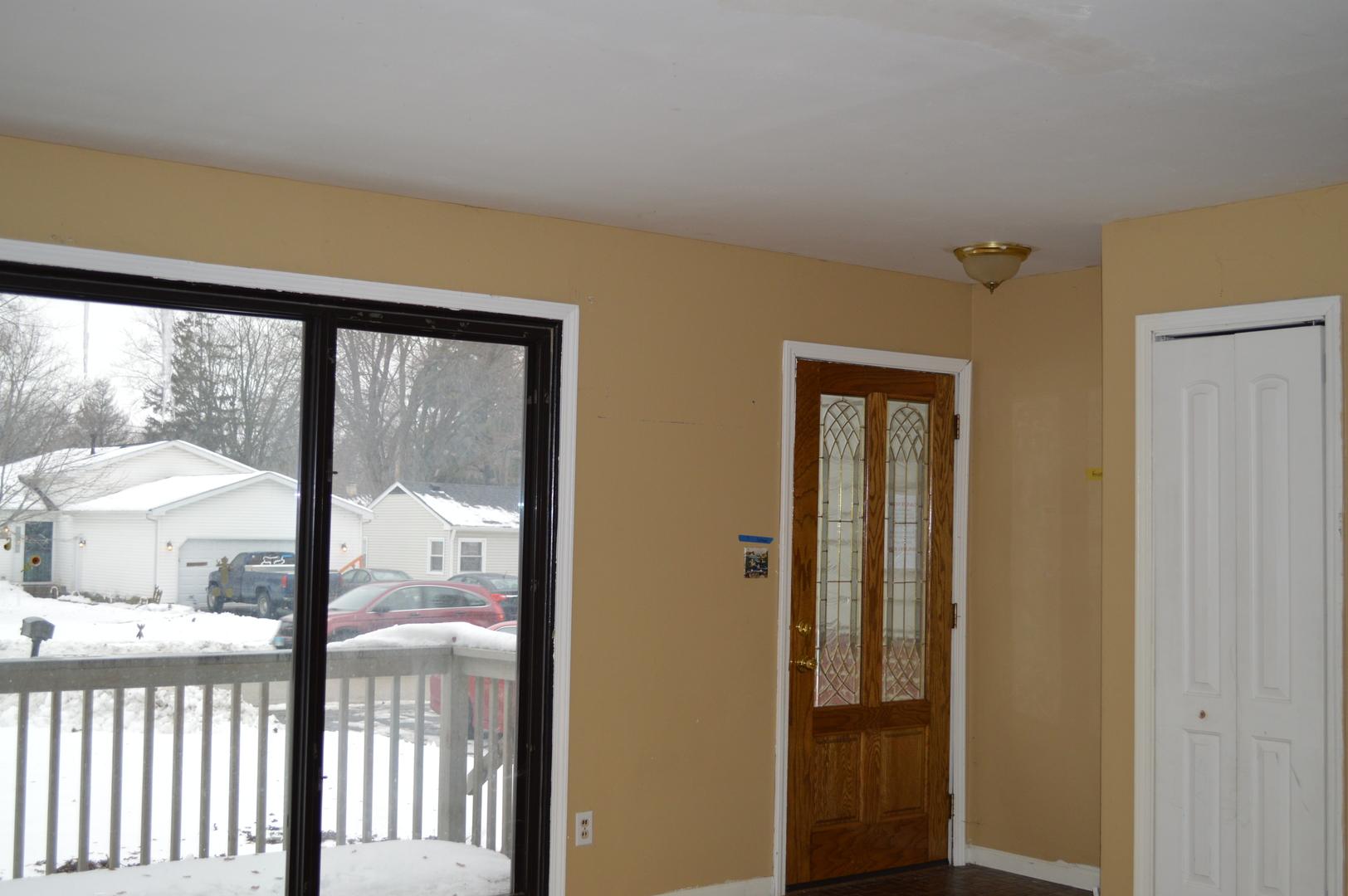 1612 Meadow Lane, Mchenry, IL 60050
