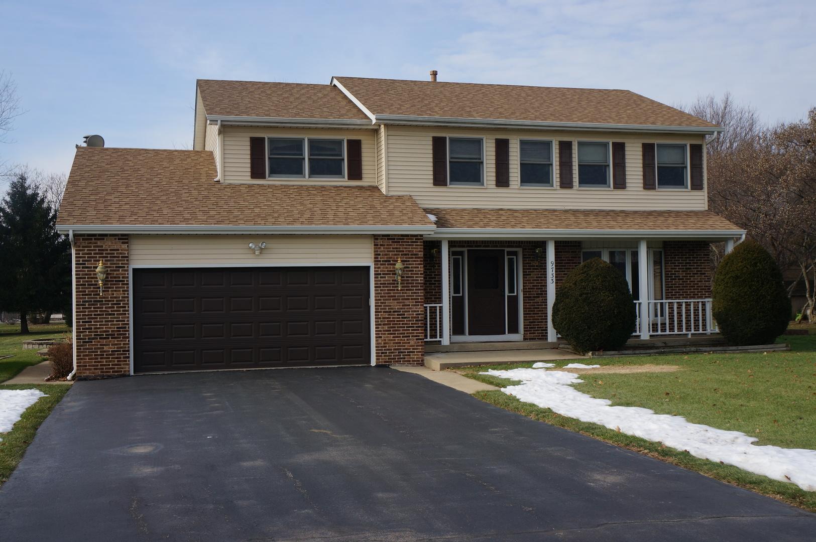 9733 N Hunters Lane, Spring Grove, IL 60081