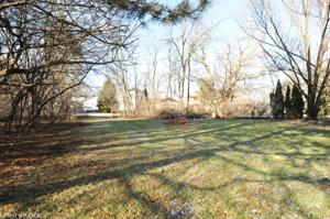 34846 Hiawatha Trail, Mchenry, IL 60051