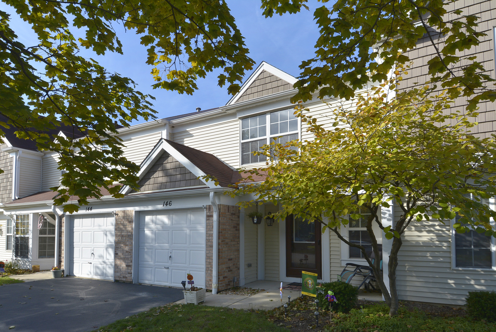 146 N Oltendorf Road, Streamwood, IL 60107