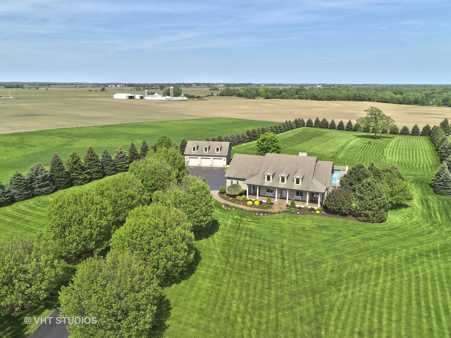4918 Pioneer Road, Mchenry, IL 60051