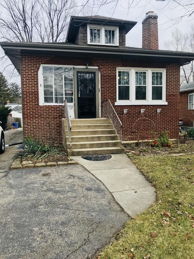 641 S Cornell Avenue, Villa Park, IL 60181