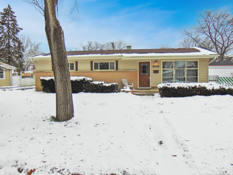 636 W Pleasant Avenue, Villa Park, IL 60181