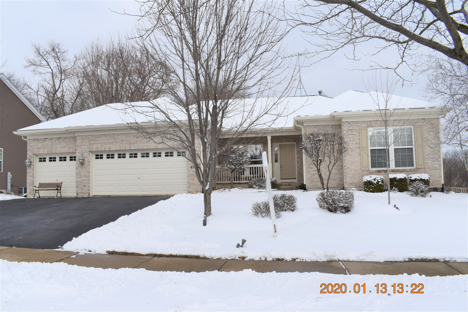 4586 Loyola Drive, Mchenry, IL 60050
